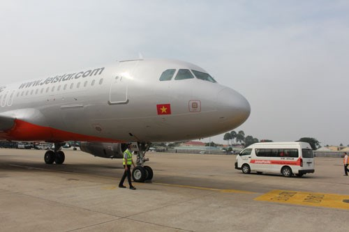A Jetstar Pacific aircraft at Tan Son Nhat Airport. Photo: Dinh Quan