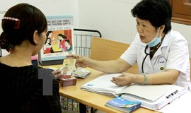 Vietnam urges donors to stay supportive to prevent HIV spread