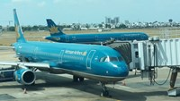 Vietnam Airlines plans to reduce its state ownership to 65 percent. Photo: Tran Tam/Thanh Nien