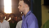 Nathan Andrew James stands trial in Ho Chi Minh City May 30 for drug smuggling. Photo: Tuyet Mai/Tuoi Tre