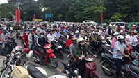 Vietnam's motorbike market has grown again after declining for three years. Photo:  Ngoc Tho
