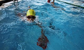 Da Nang plans to put all children in swimming classes by 2017