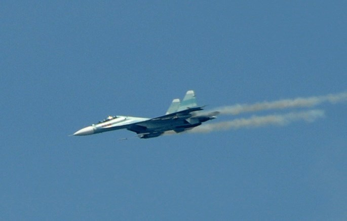 A file photo shows a Sukhoi fighter jet Su-30MK2 during a training session. Photo: Tan Cu/Thanh Nien
