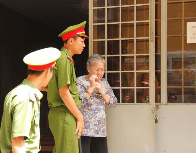 Nguyen Thi Huong, 73, after a Ho Chi Minh City trial where she received a death sentence for drug smuggling on June 29, 2016. Photo: Nguyen Tien/Thanh Nien