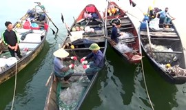 Vietnam promises to find overseas jobs for fishers affected by toxic spill disaster