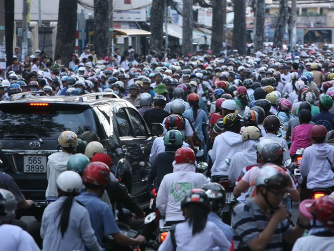 Traffic jams in Ho Chi Minh City have become more common. Photo: Dao Ngoc Thach