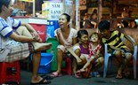 Big family in Saigon's tiny house