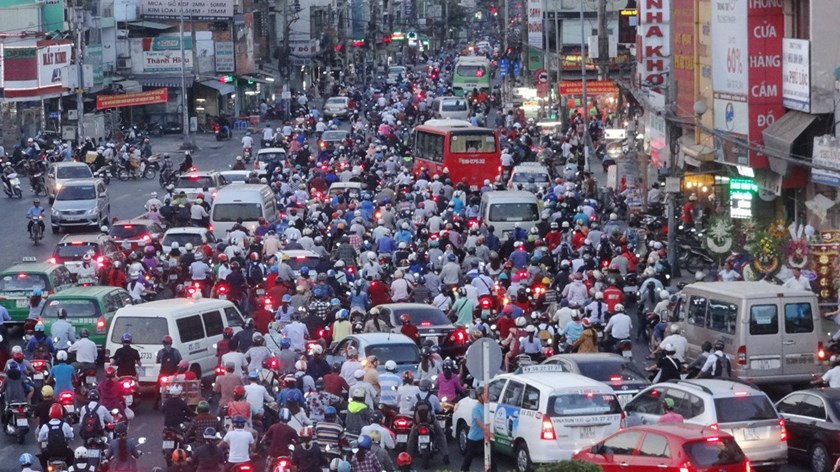 Vehicles choke up a street in Ho Chi Minh City. Photo: An Huy
