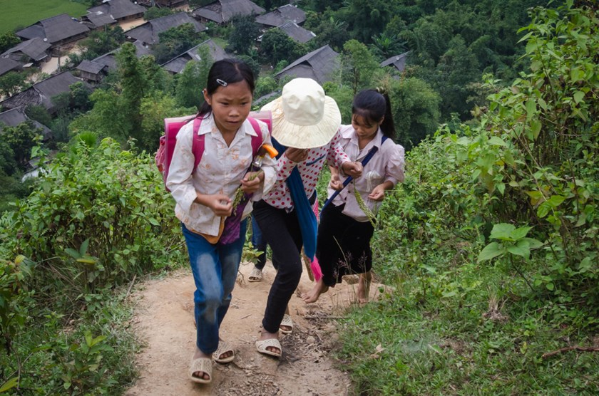 One education challenge for children in rural Vietnam is how hard it is to get to school every day. Photo courtesy of Fotohearts