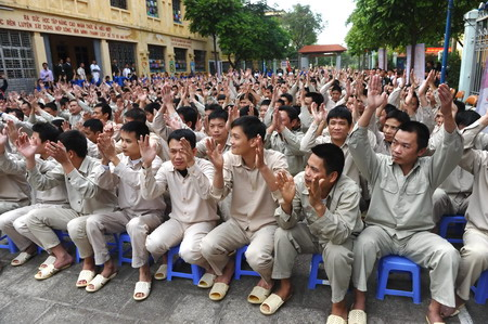 Vietnam's new drug law confuses courts