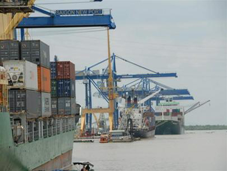 Better logistics, water transport will drive Vietnam growth: World Bank