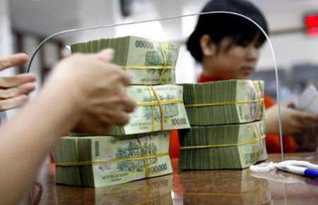 Vietnam to force banks to sell bad debt to asset company