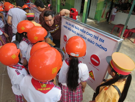 HCMC students play games to improve road safety awareness ...