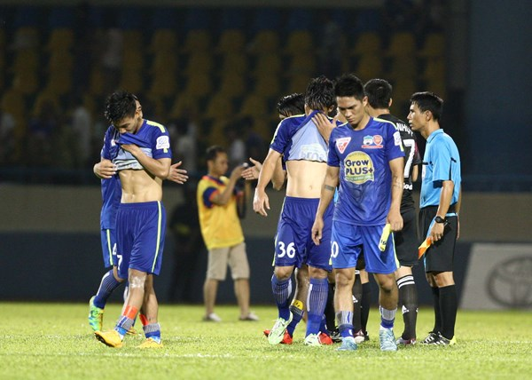 Quang Ninh crushes Hoang Anh Gia Lai 3-0 in V.League match