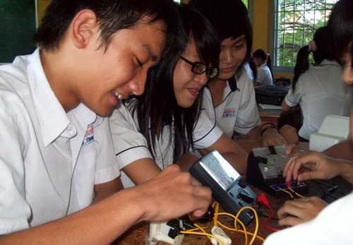 Vocational education reform should begin right away
