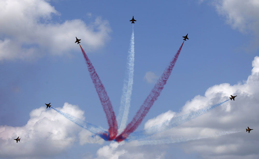 Singapore Airshow opens