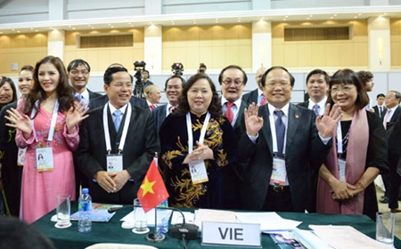 Economists urge Vietnam to relinquish 2019 Asian Games