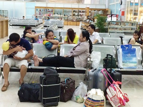 Under new rule, Vietnamese airlines required to refund tickets after 5-hour delays
