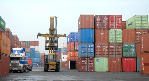 Businesses asked to be bold in face of customs harassment