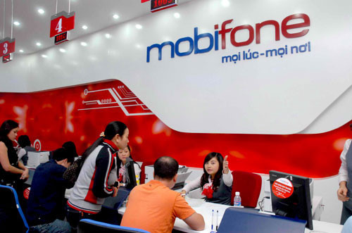 Vietnam government looks to sell stake in telco giant MobiFone