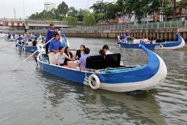 Red tape holds back Saigon canal boat tour: report
