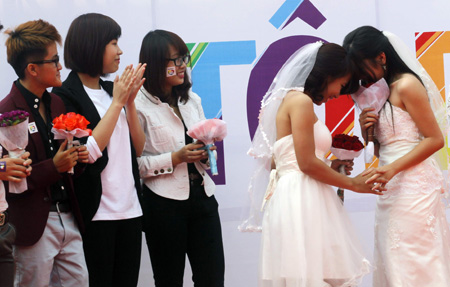 Same-sex lovers say facing more challenges for walking odd path