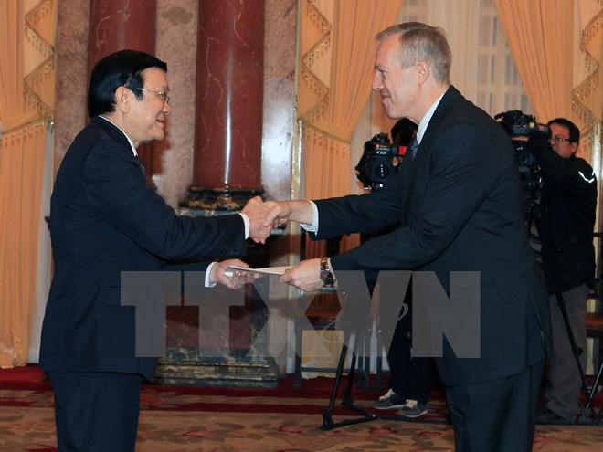 New US Ambassador arrives in Vietnam, meets President