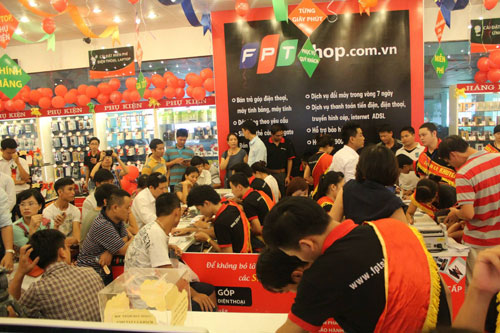 FPT plans takeovers as Vietnam software maker looks abroad