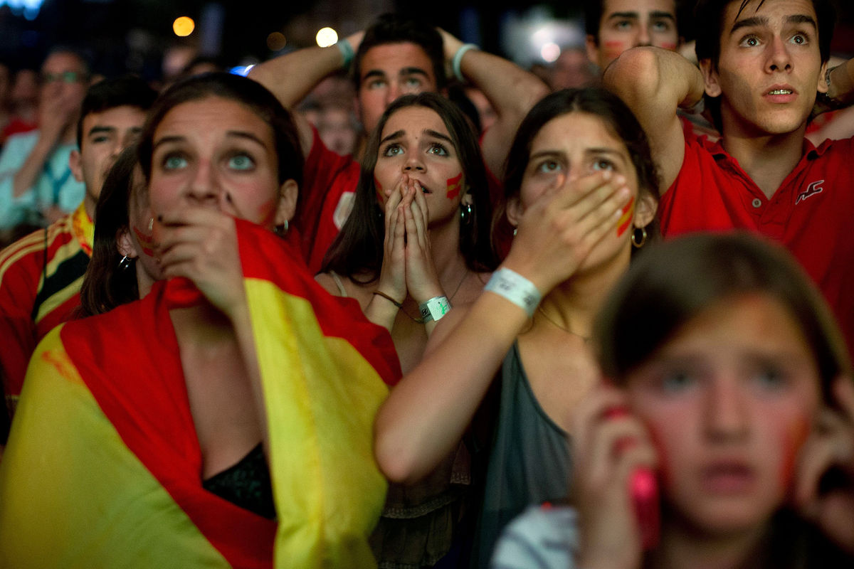 Millionaire Spanish soccer idols draw ire on world cup loss