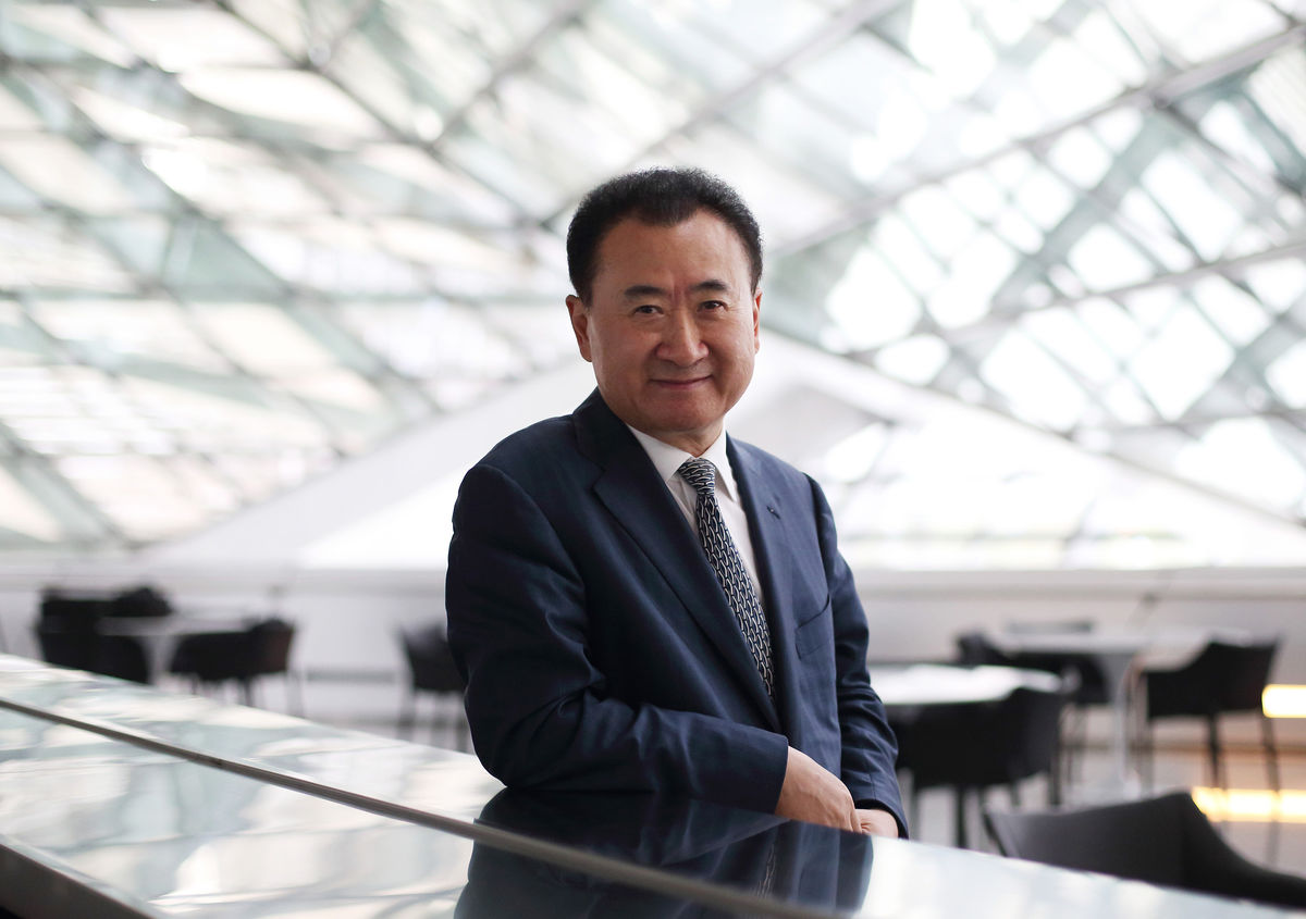 China's Wanda Group holds talks to buy Lions Gate, MGM in Hollywood push