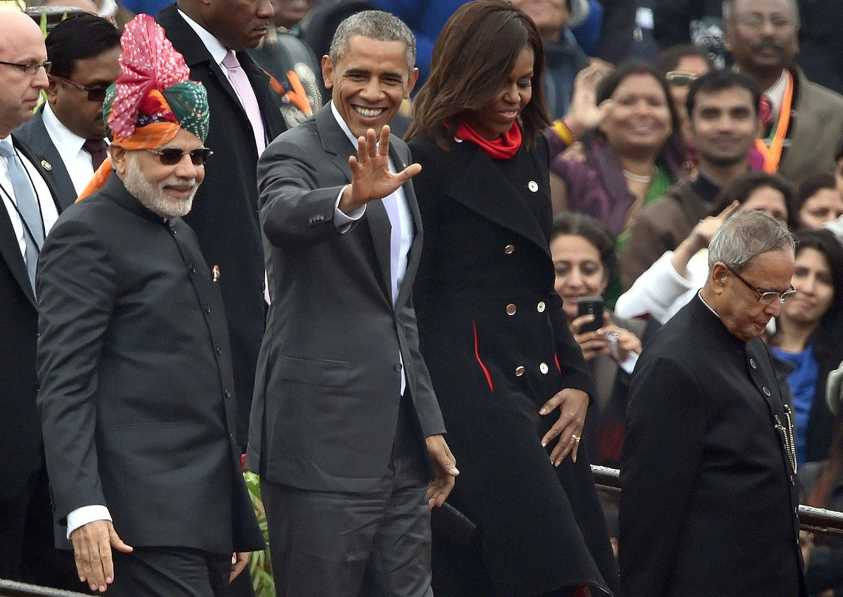 Obama moves beyond cold war with India as Russian tanks roll