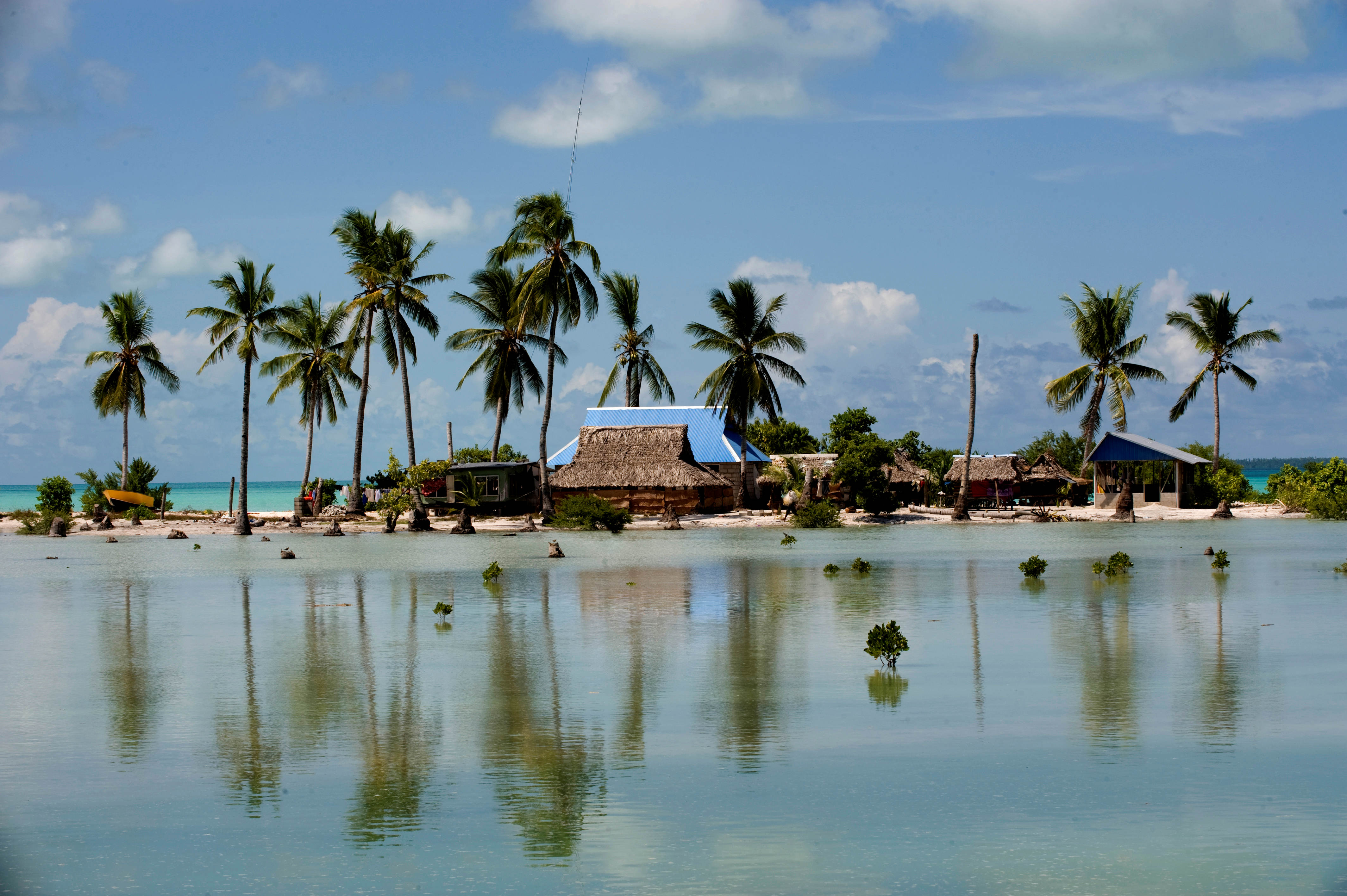 Pacific islanders plead for urgent climate action as seas rise
