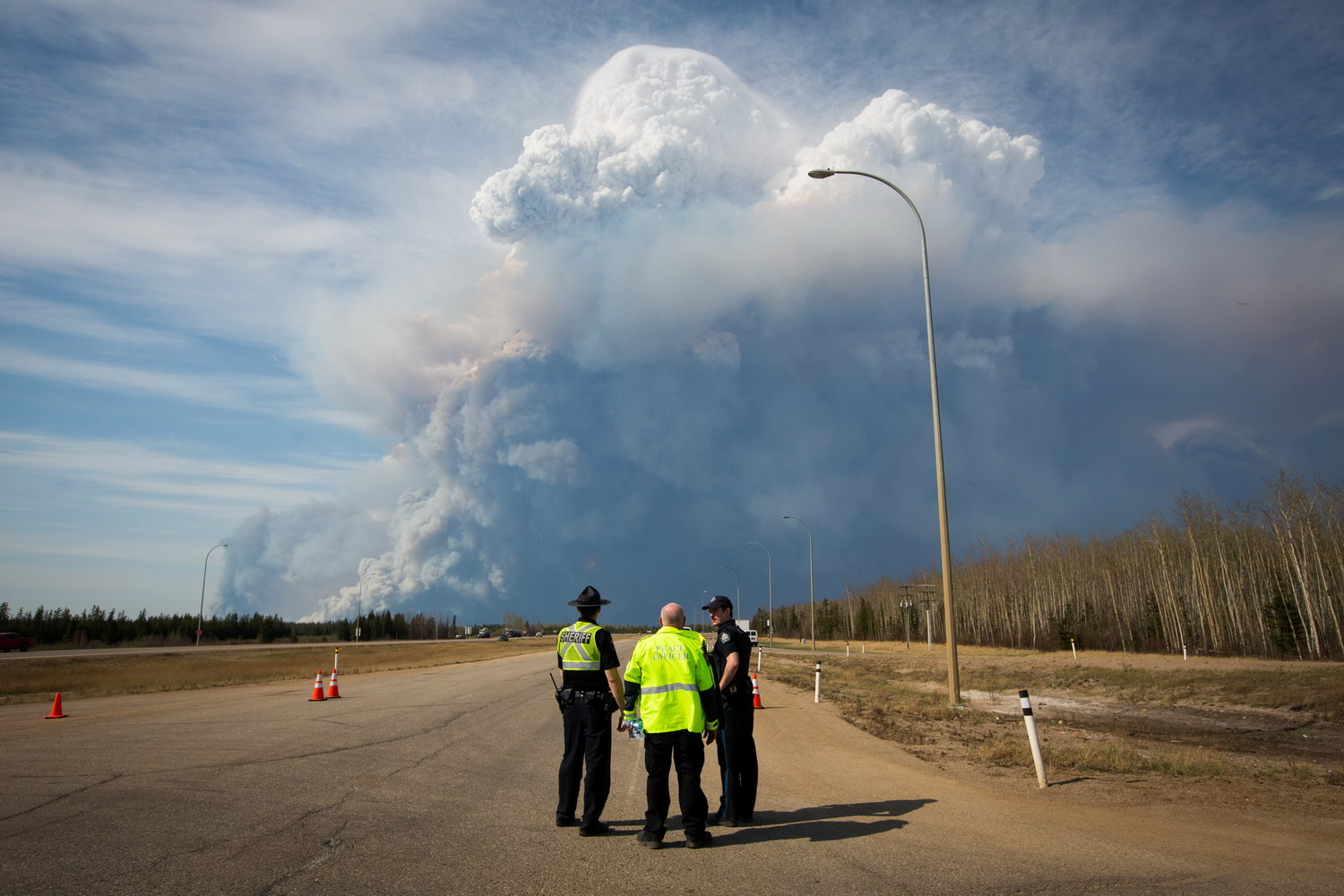 Epic wildfire threatens to engulf Canadian city as 88,000 flee