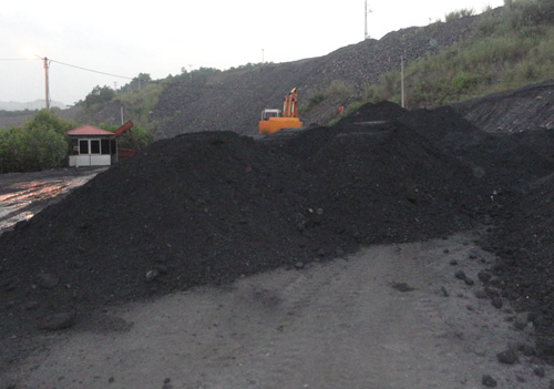 Resurgence of coal smuggling reported in Vietnam province
