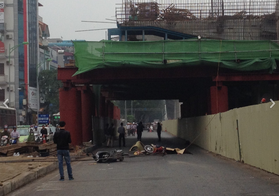 Steel rod falls at Hanoi railway construction site, killing 1