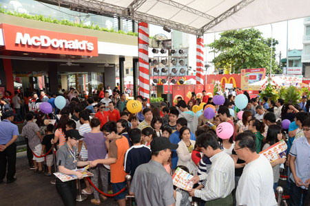 Vietnamese firms yet to cash in on fast food boom