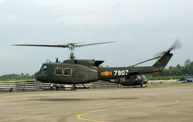 Vietnam's helicopter crashed after technical error: colonel