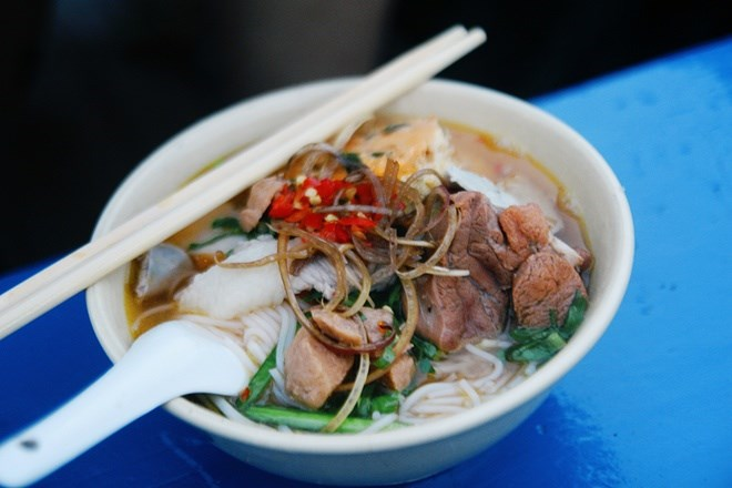 At the Mekong Delta, breakfasts are best served on boats - Mekong Tourism